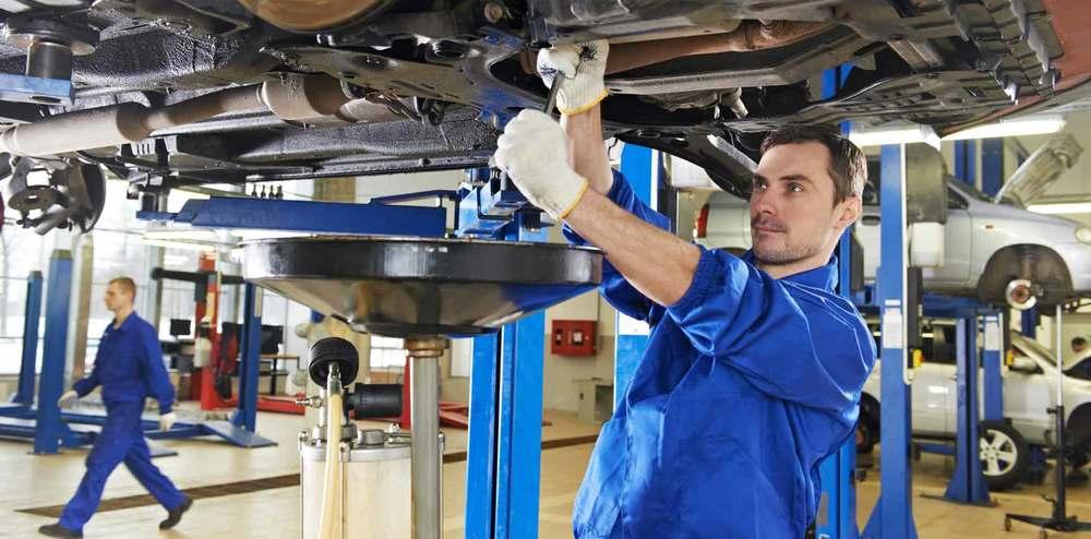 EAM-Autokorjaamo-on-tayden-palvelun-korjaamo.jpg
