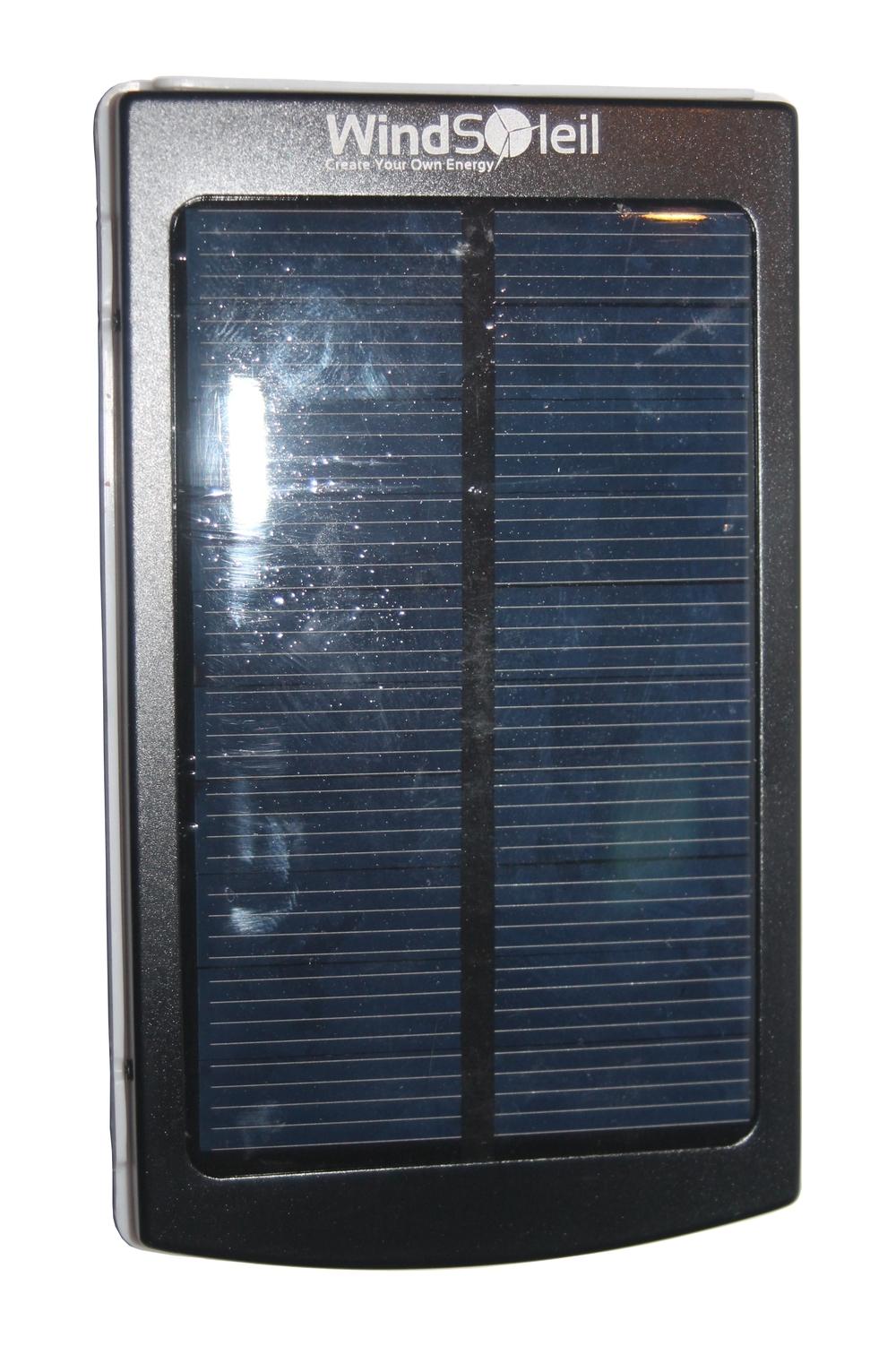 Windsoleil Quot Wala Quot Solar Power 10000mah Portable Battery