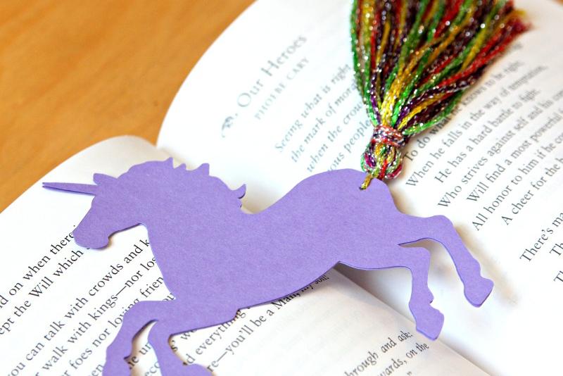 unicorn_bookmark.png