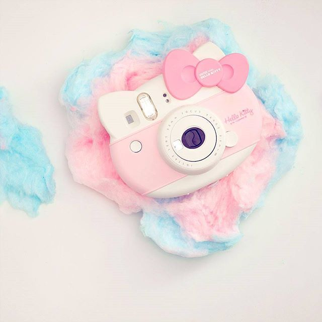 Totally rocked my last minute Xmas shopping this year! This adorable Instax mini made for one ecstatic Hello Kitty fan.  #fujilove  #fujiinstax  #hellokitty