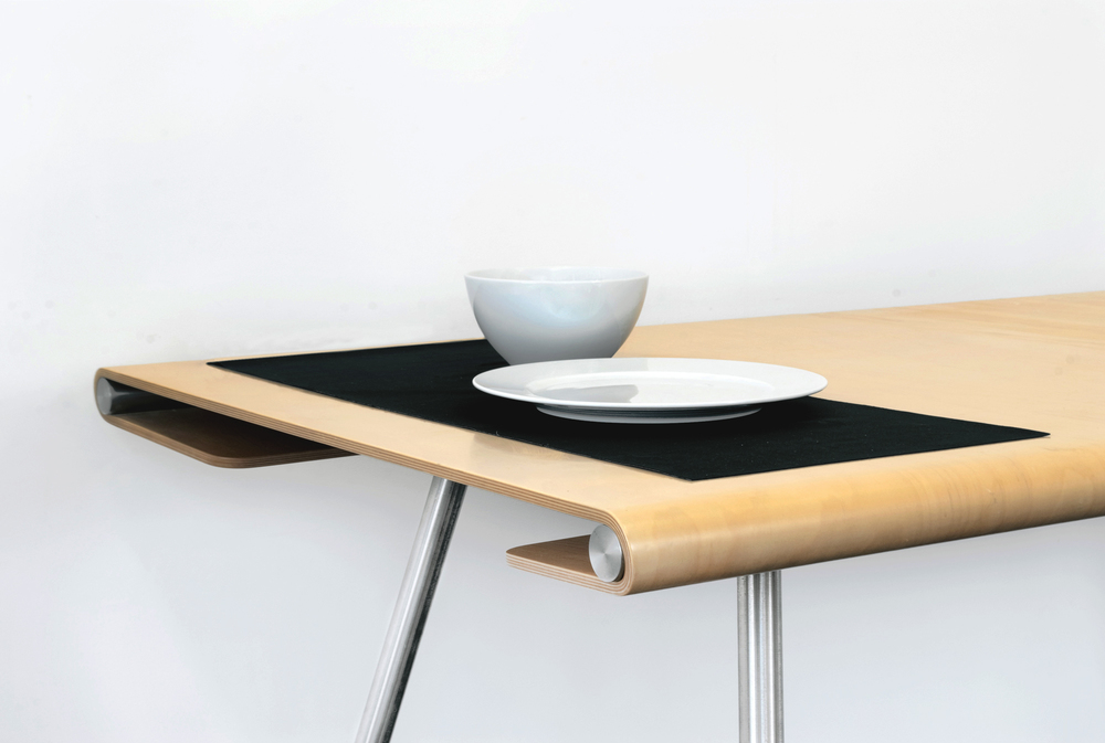 Stretch table design by Simon Pengelly for Isokon Plus
