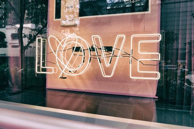 love window.jpeg