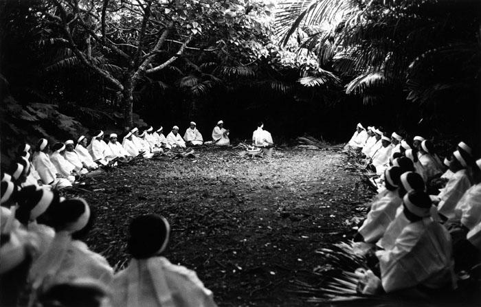 Yasuo Higa. Kudaka Island, Fubo Utaki, Fubawaku, 1975