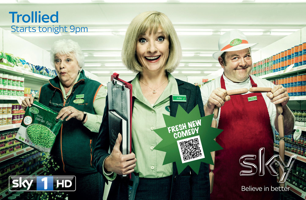 9030 Sky 1 Trollied - DAILY EXPRESS - 180x275.jpg