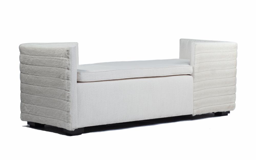 Louden-Sofa.jpg