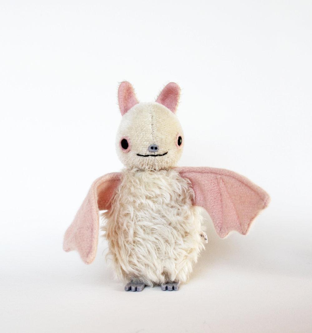 albinobat1.jpg