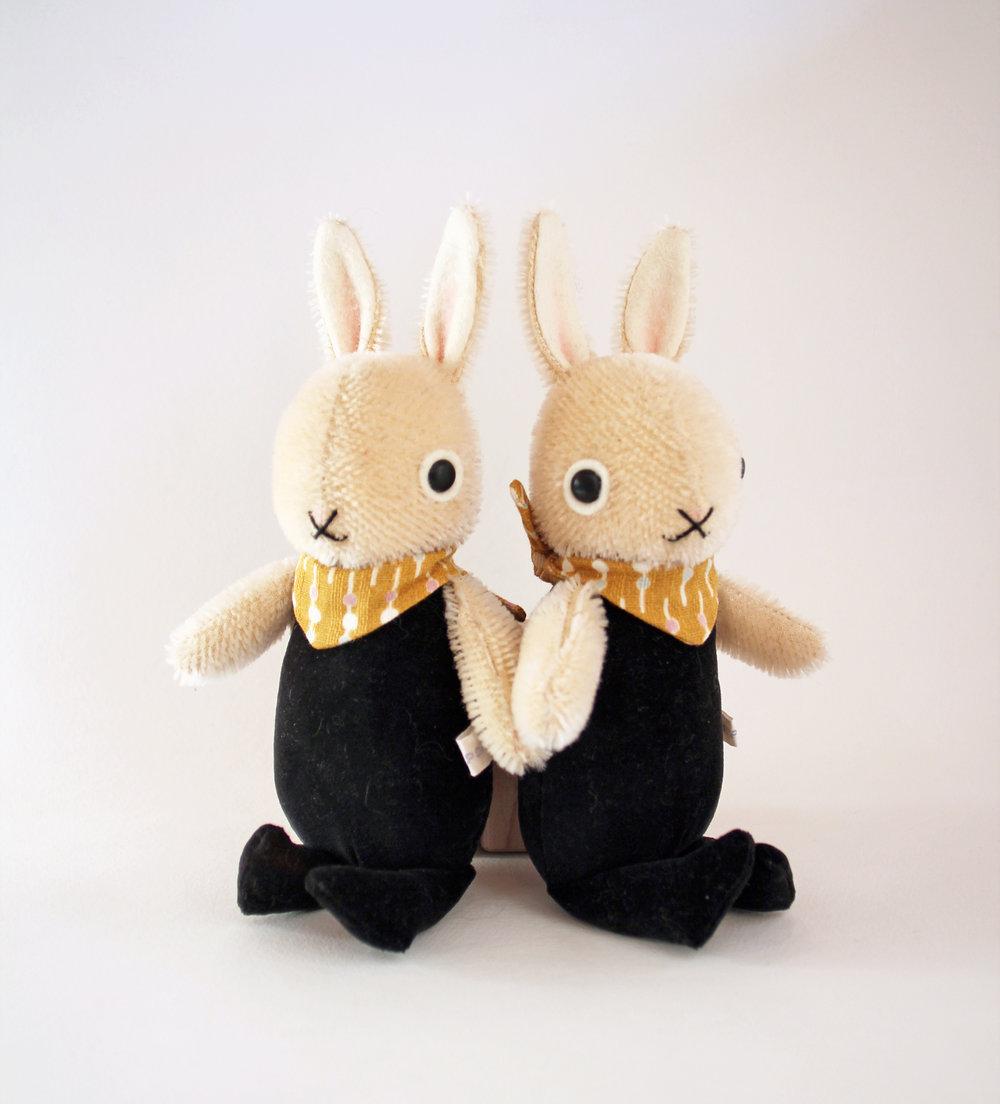 rabbitfriendswhite2.jpg