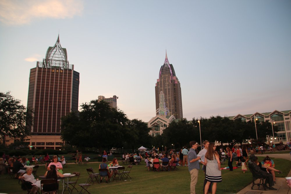 Crowd and Skyline 7.jpg