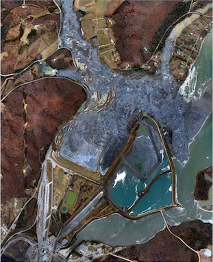 Aerial_view_of_ash_slide_site_Dec_23_2008_TVA.gov_123002.jpg