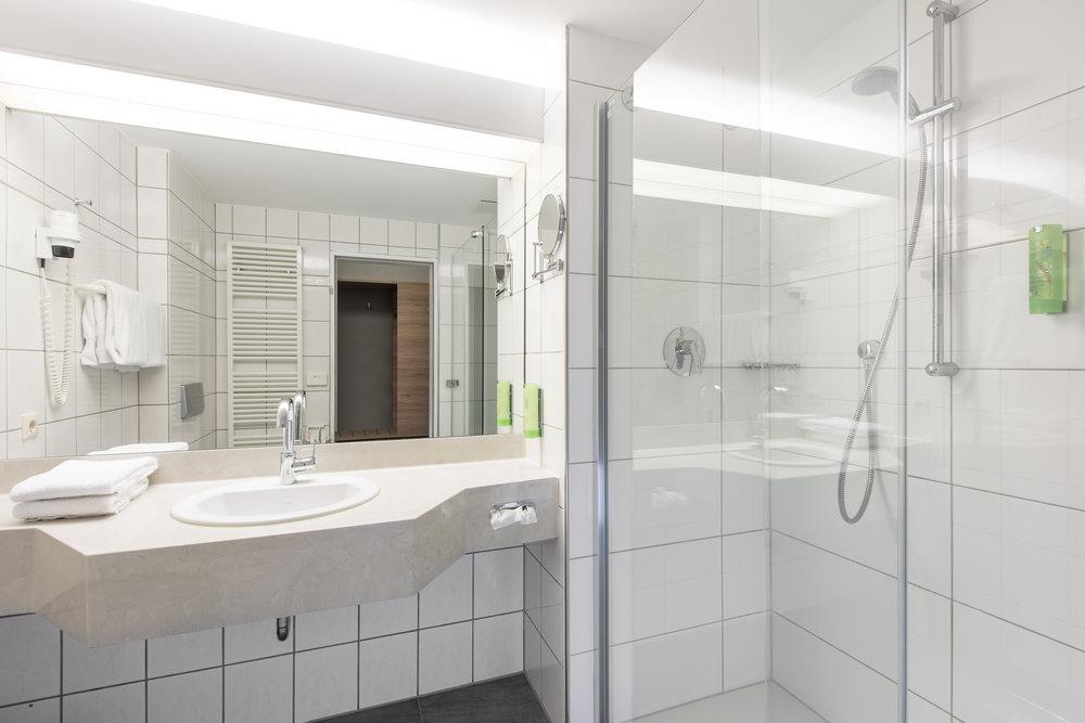 Kopie von Idingshof Hotel Bramsche - Duschen mit Echtglas