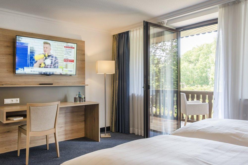 Kopie von Hotel Idingshof Bramsche - JuniorSuite Balkon mit Blick in den Garten