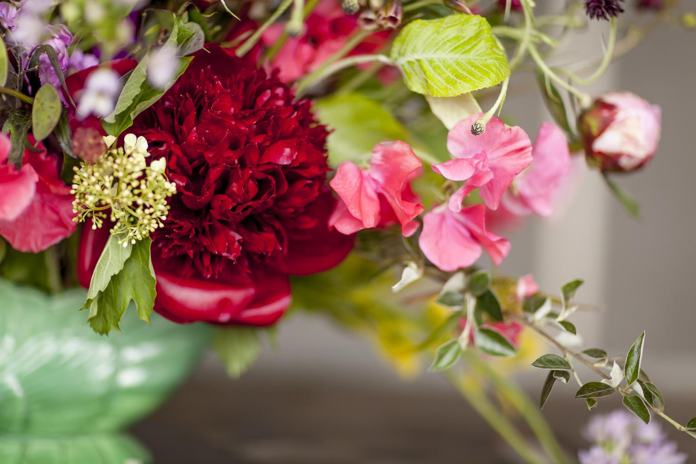 Buying british british flowers week h 0689g izmirmasajfo
