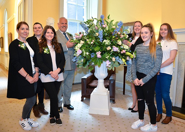 British Flowers Week reaches 10 Downing Street, presented to you by New Covent Garden Flower Market