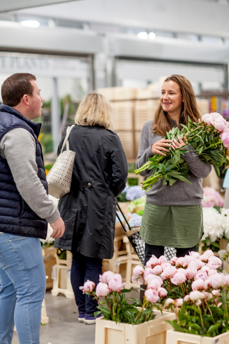 British-Flowers-Week-2017-Jennifer-Pinder-at-New-Covent-Garden-Flower-Market-1.jpg