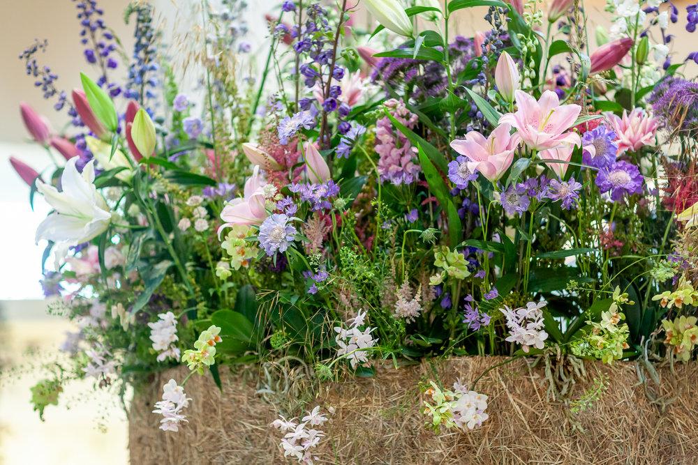 Evolve-Flowers-installation-British-Flowers-Week-2018-at-Garden-Museum-by-New-Covent-Garden-Market (1).jpg
