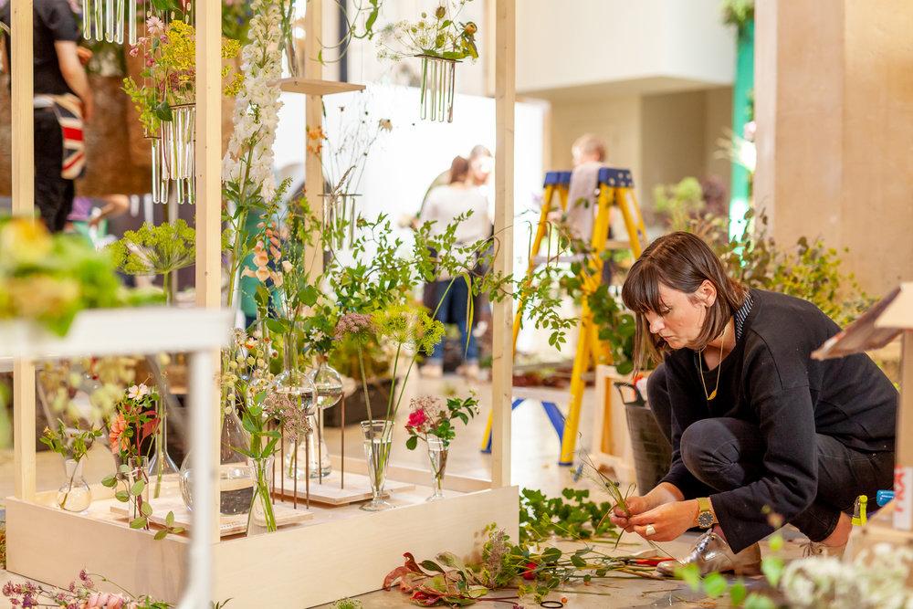 Festoon-Flowers-installation-British-Flowers-Week-2018-at-Garden-Museum-by-New-Covent-Garden-Market (10).jpg
