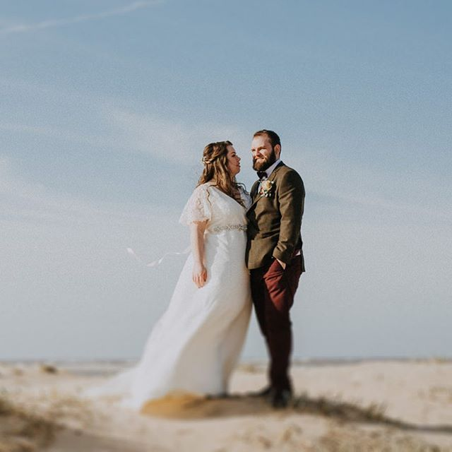 Finally getting around to sharing this gorgeous day from March up on the blog - still (and probably forever!) one of my favourites. Reminiscing about spring's endless stretch of warm sand, that gorgeous red brick barn and those profiteroles!