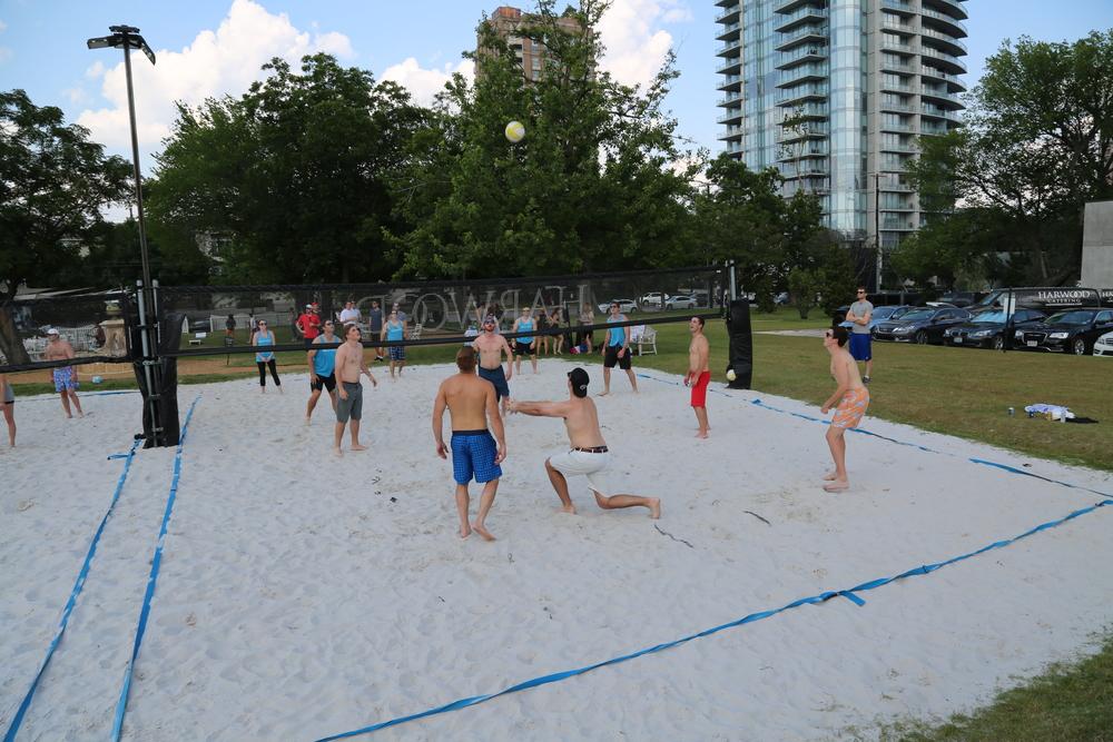 061116 - Broker Volleyball Tournament (26).JPG
