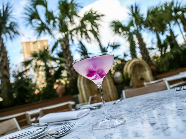 A Cosmopolitan Bianco cocktail on the patio at Dolce Riviera.