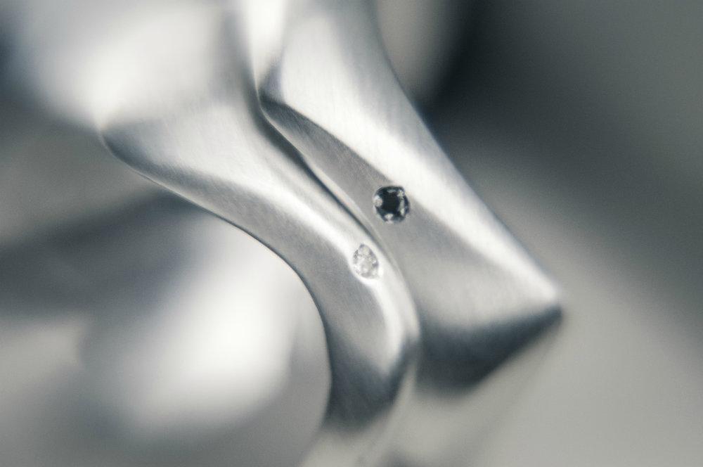 Joia Emocional Slow Aliança Compromisso Prata Diamante Personalizada Exclusiva Lyz Beltrame