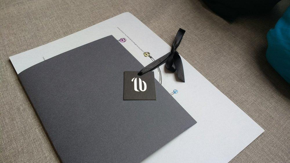Lyz Beltrame Joias Apresentação Design Ilustração
