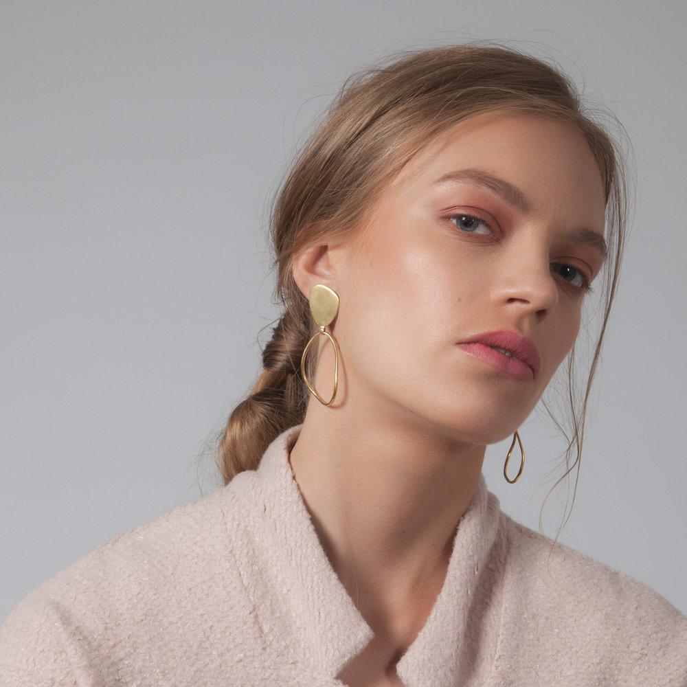 AMMIL LARGE EARRINGS -