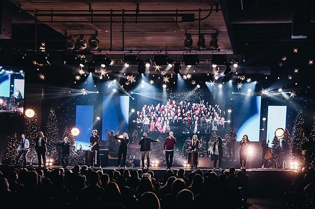 Christmas services are off to a great start!  It's not to late to join in on the fun as we celebrate Jesus!  Check out the bio link on where to visit one of our campuses or to watch online!  #christmas #christmasatsaddleback #saddlebackchurch #saddlebackworship #saddlebackproduction #Jesus