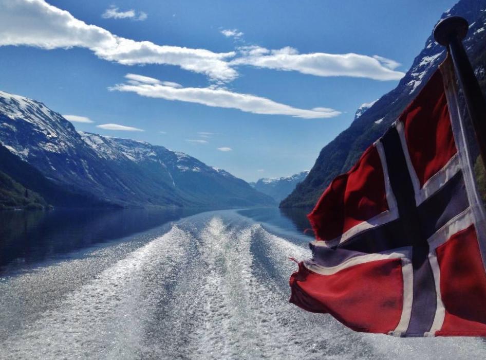 hyefjord1.jpg