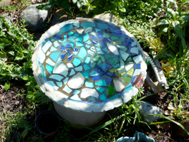 mosaic_pond_blues.png