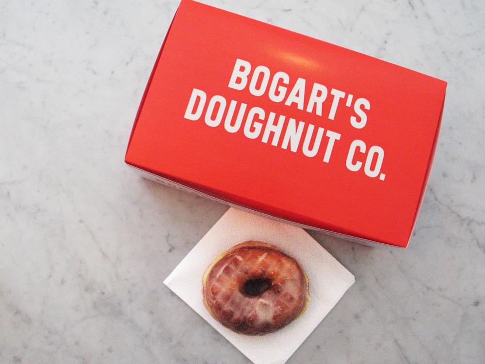 Bogarts-Doughnut-Co-07.jpg
