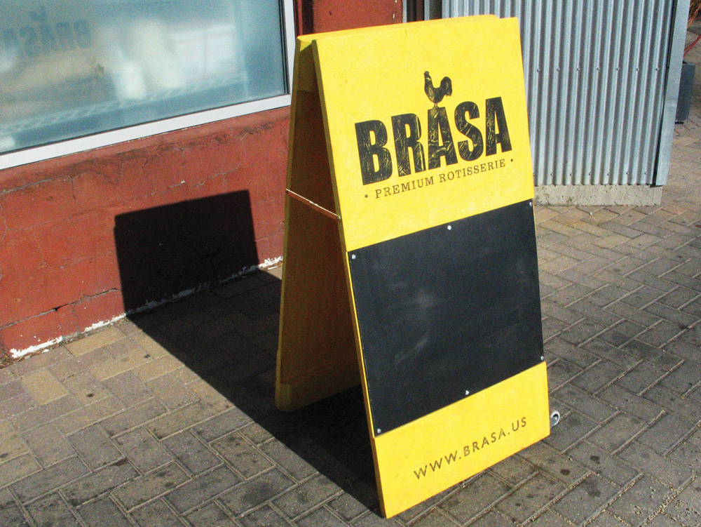 Brasa-Sign-01.jpg
