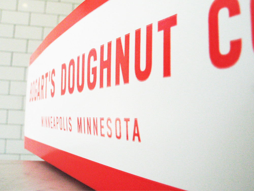 Bogarts-Doughnut-Co