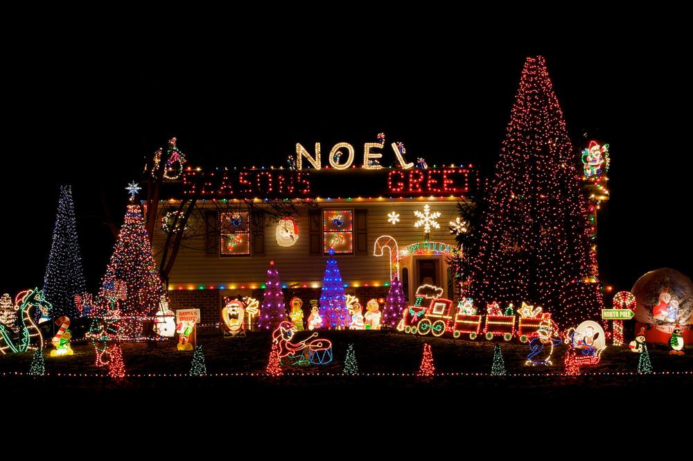 fiedler-house-christmas-lights-2