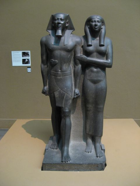 statue_king_mankaure_egypt