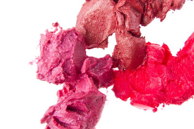 lead lipstick