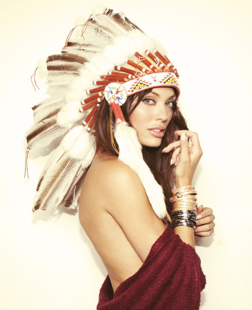 beautiful-cultural-appropriation-ethnic-fashion