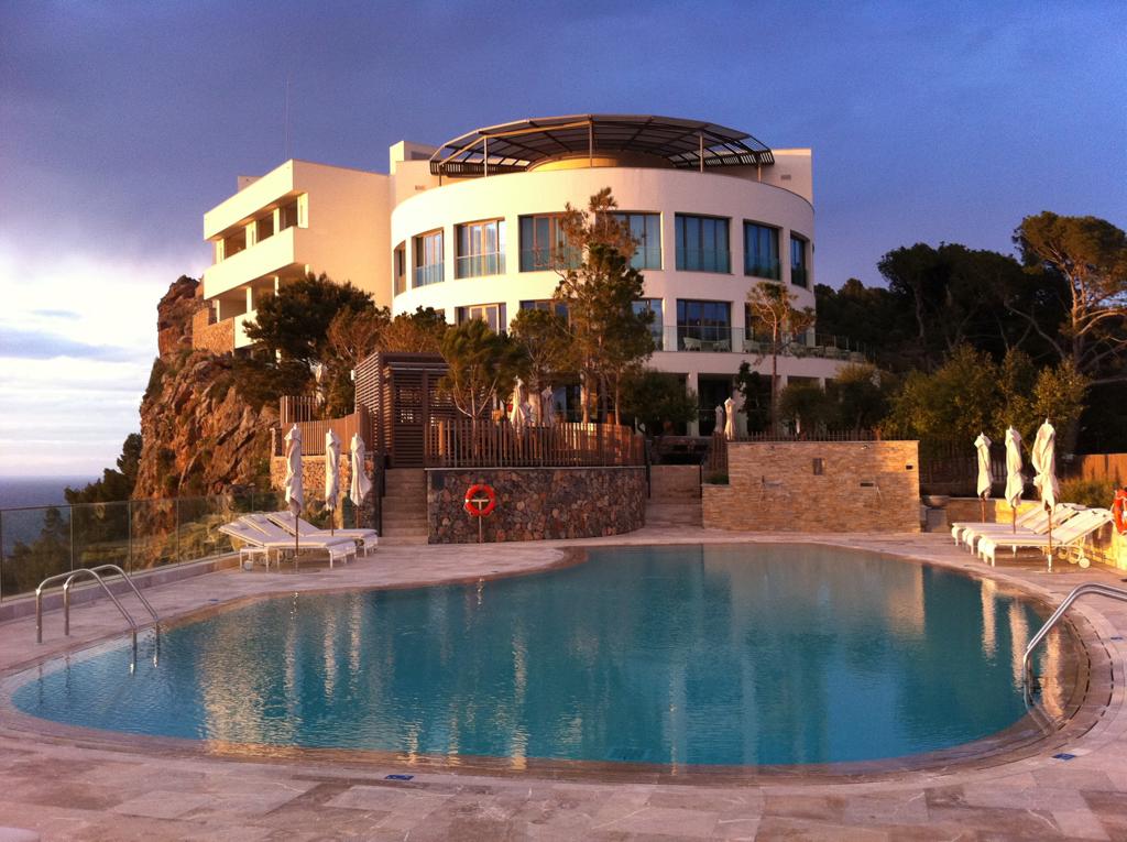 One pool