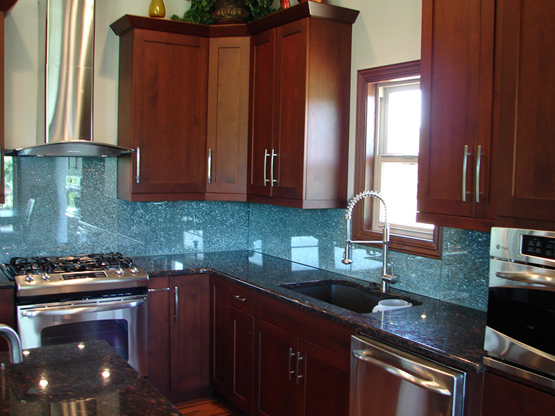 Elite Glass Backsplash 3.jpg