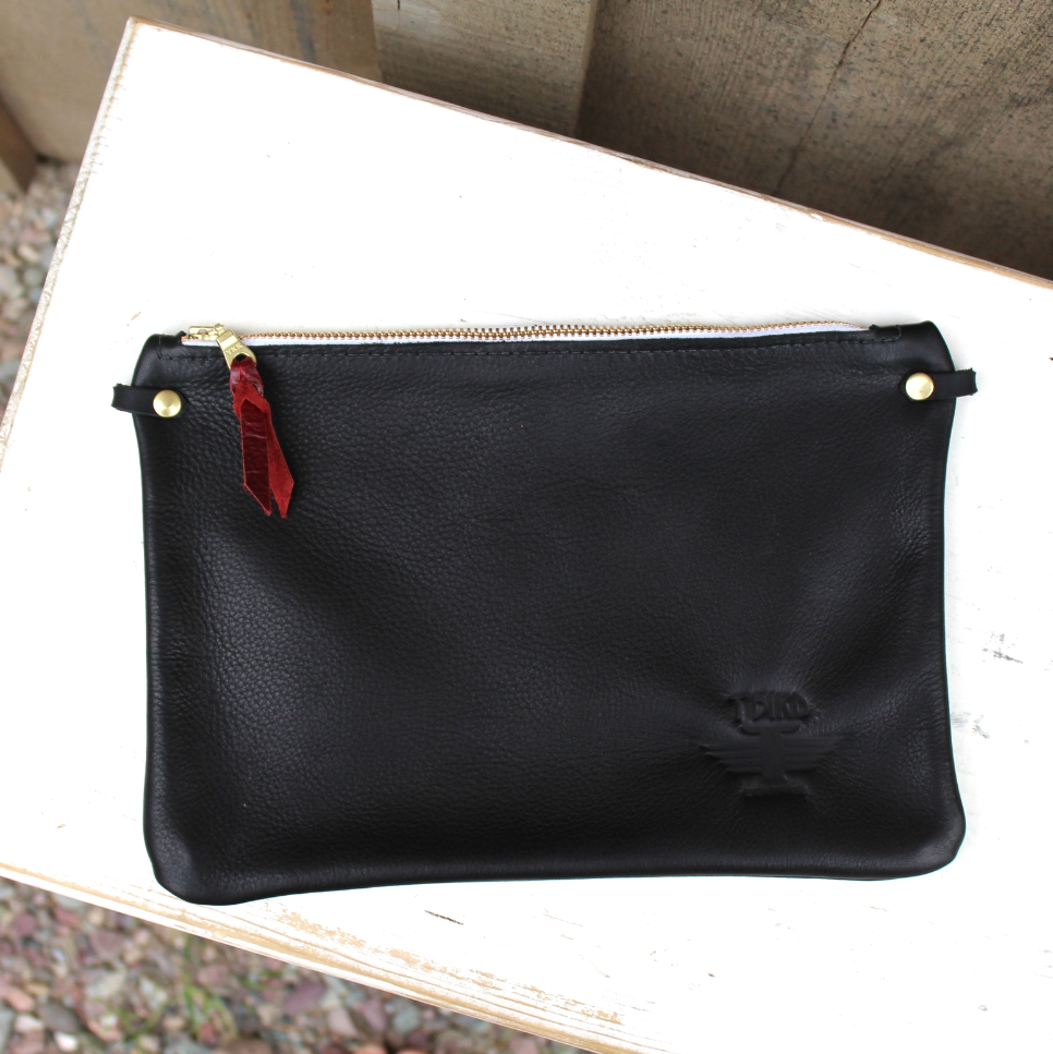 Small Convertible Monarch Clutch - Softy Black