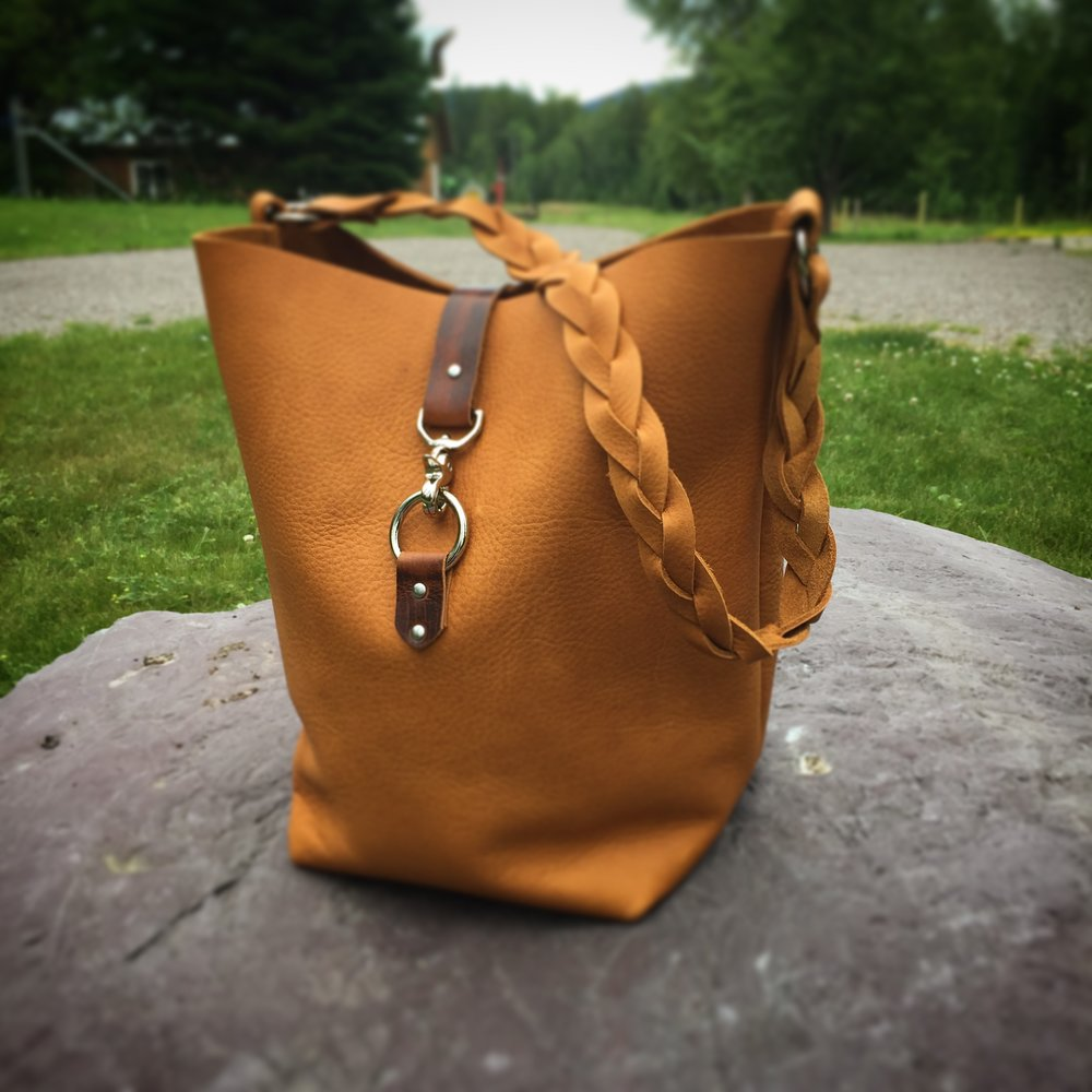 South Fork Tote - Softy Tan