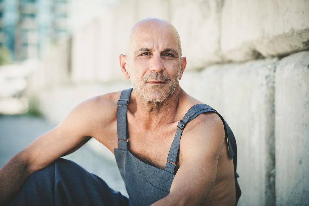 vancouver-portrait-photographer-mavreen-david-2.jpg