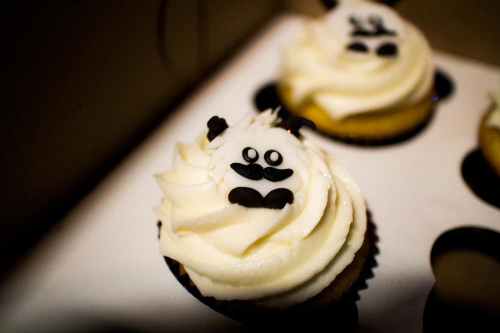 They were the most adorable (and delicious) poro cupcakes you have ever seen.