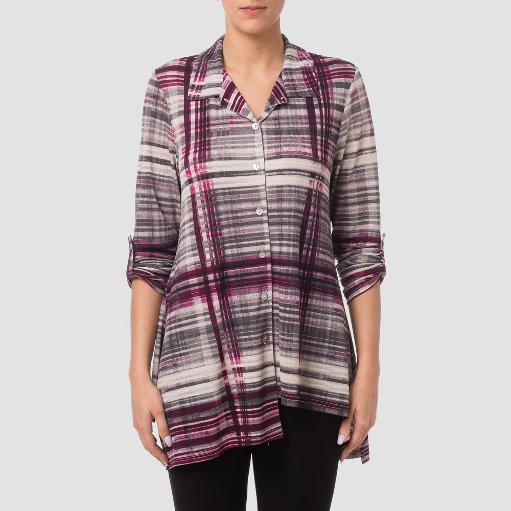 Tracy Brent Collection's  Plaid Tunic by Joseph Ribkoff  is a fall fashion favorite! The details of this piece, such as an off-center seam and staggered hemline add an element of style and creativity to a classical piece.