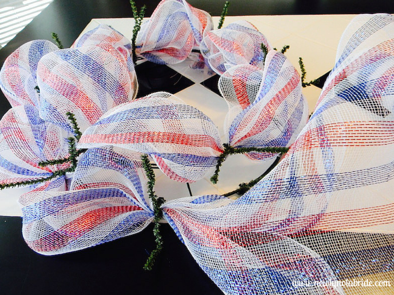 DIY patriotic, 4th of July, Memorial Day, Labor Day wreath.  Easy to make!