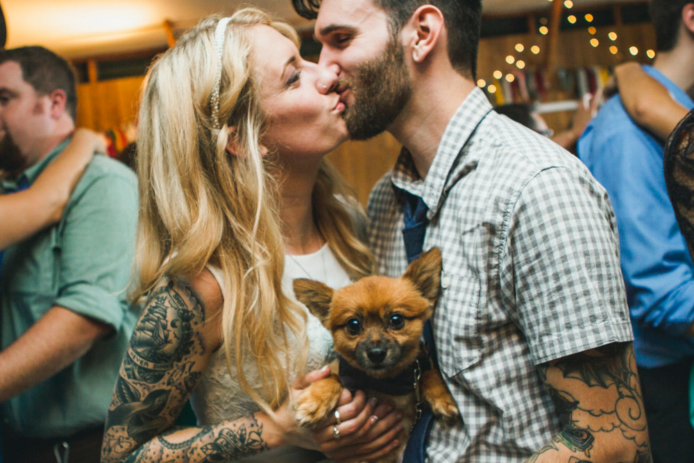 As always, working out some dance lessons for your pup before the big day can make for some awesome photo ops. ;)  |  Photo by  Ryan Eyestone  via  Rock n' Roll Bride