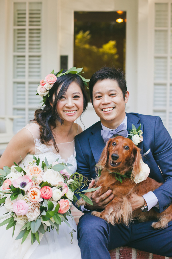 Check out the smile!  |  Photo by  onelove Photography  via  Style Me Pretty