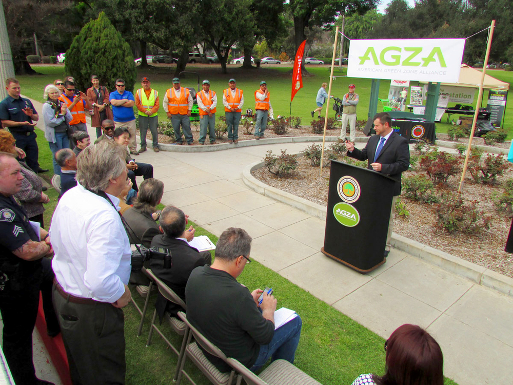 AGZA_at_Garfield_Park_02_speech_01_1200.jpg