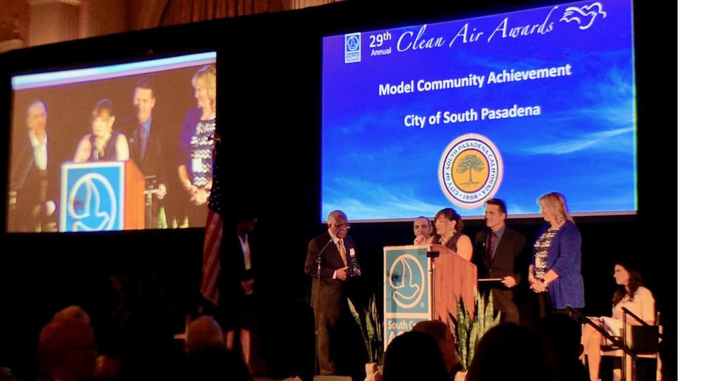AGZA_PIX_SCAQMD_Clean_Air_Awards_08_Ceremony_2000+MARGIN.jpg