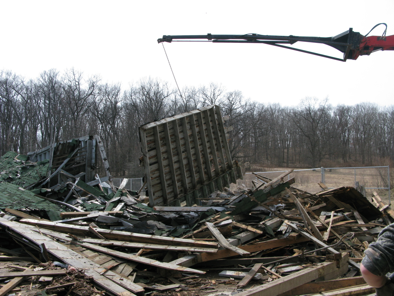 Heavy Lifter Dismantles the Edsel Ford Barn Debris