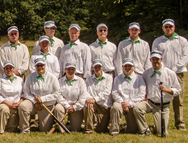 1860 Players  - HHF 2013 Base Ball Teams Pic - DSC_8244  800x600.jpg